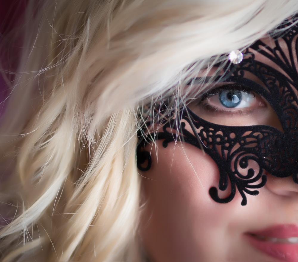 Boudoir Mask
