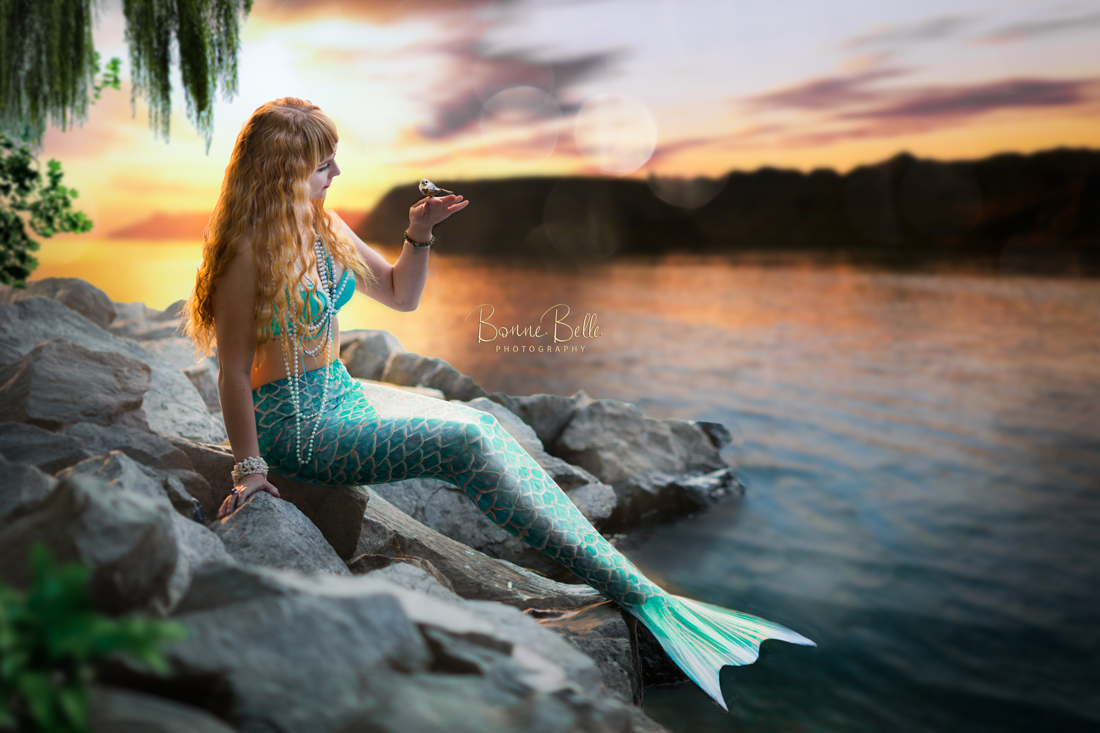 MERMAID_MARTHA_WITH_BIRD