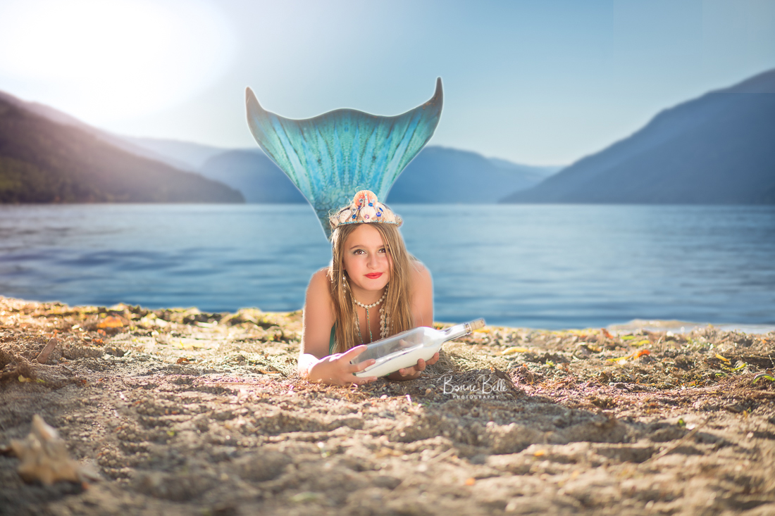 MERMAID-FINDS MESSAGE IN A BOTTLE IN KELOWNA